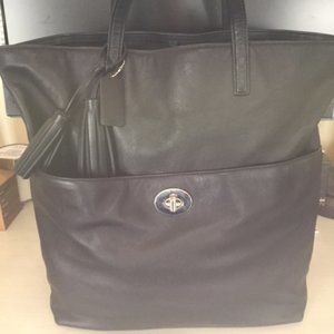 Authentic Coach Turnlock Legacy Tote